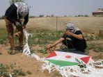 pemuda-palestina-merakit-bom-layang-layang.jpg