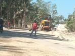 pengerjaan-ruas-jalan-alih-trase-bandara-umbu-mehang-kunda-waingap.jpg