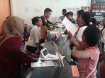 pengiriman-berkas-calon-peserta-testing-cpns-lewat-kantor-pos-kebijakan-pemkab-manggarai-barat.jpg