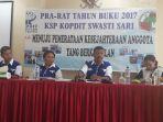 pengurus-pengawas-dan-manajemen-kopdit-swastisari-kupang_20180407_181346.jpg