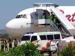 penumpang-deg-degan-batik-air-landing-darurat-di-landasan-el-tari-diduga-pilot-serangan-jantung.jpg