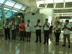 peringati-hut-ke-75-ri-garuda-indonesia-group-sosialisasi-kepada-para-penumpang.jpg