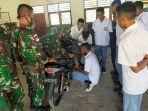 personel-satgas-pamtas-yonif-744syb-tambah-skill-otomotif-bagi-siswa.jpg