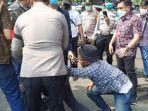 polisi-tangkap-peserta-unjukrasa.jpg