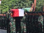 prajurit-tni-yang-gugur-korban-penembakan-di-jayawijaya-diberikan-penghargaan.jpg