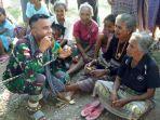 pratu-imran-saat-makan-siri-pinang-bersama-ibu-ibu-di-desa-bakitolas-minggu-3062019.jpg