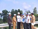 presiden-joko-widodo-meninjau-kawasan-bukit-soeharto-di-kabupaten-kutai-kartanegara.jpg