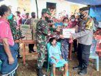 presiden-jokowi-beri-bantuan-kepada-ibu-regina-rp-25-juta.jpg