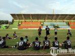 psms-medan-saat-latihan-rutin-di-stadion-teladan-m.jpg