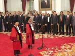 putra-ntt-daniel-yusmic-pancastaki-foekh-ditunjuk-presiden-jokowi-gantikan-i-dewa-gede-palguna.jpg