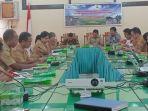 rapat-pembukaan-atau-kick-off-meeting-kegiatan-pengembangan-budidaya-sri-di-kabupaten-sumba-timur_20180830_110940.jpg