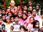richard-daschbach-bersama-anak-anak-di-timor-leste.jpg