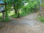 ruas-jalan-di-depan-smp-11-kota-kupang_20180828_081707.jpg