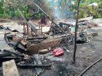 rumah-terbakar-milik-korban-blasius-sandar.jpg