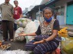 salah-seorang-pedagang-sayur-di-pasar-tradisional-wolowona-kabupaten-ende.jpg