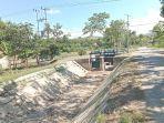 saluran-irigasi-di-lambanapu-kecamatan-kambera.jpg