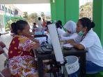 suasana-kegiatan-pengobatan-gratis-di-halaman-rsd-aeramo-mbay-kabupaten-nagekeo.jpg