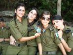 tentara-wanita-israel_20170410_003008.jpg
