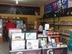 tokog-buku-gramedia-masyarakat-kota-ende.jpg