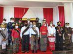 upacara-hut-kemerdekaan-ri-ke-76-di-ntt-gubernur-viktor-laiskodat-kenakan-pakaian-adat-dawan.jpg