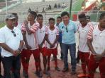wily-lay-dan-fary-francis-sepakbola-pos-kupang-cup-bintang-timur_20161108_092845.jpg