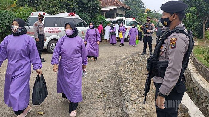 100 Dosis Vaksin Covid-19 Disuntikkan ke Warga Lansia di Tulangbawang Barat, Lampung