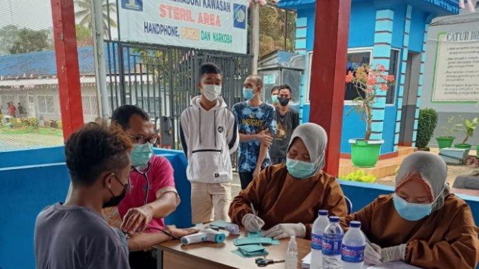 100 Narapidana di Rutan Sukadana Lampung Timur Divaksin