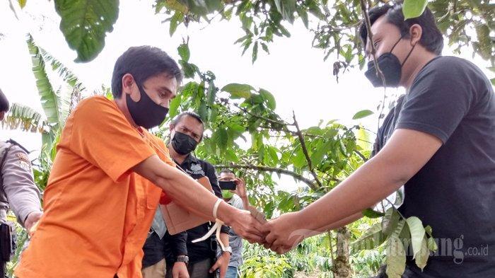 11 Adegan Rekonstruksi Pembunuhan Mahasiswa Unila di Lampung Barat
