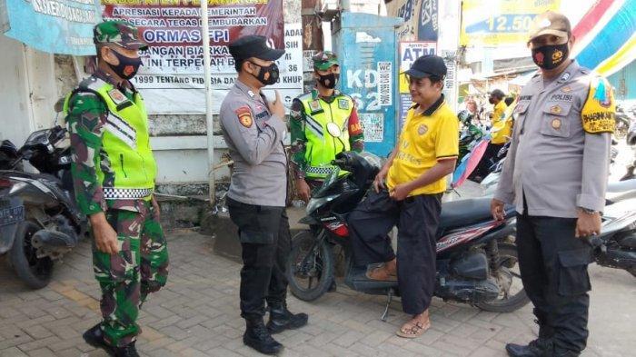 Tak Pakai Masker, 150 Warga di Pasar Kedondong Pesawaran Ditegur Petugas