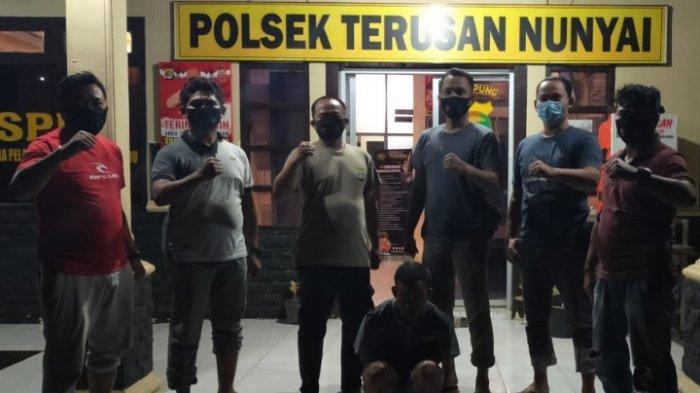 2 Pria Diamankan Polsek Terusan Nunyai karena Miliki Sabu
