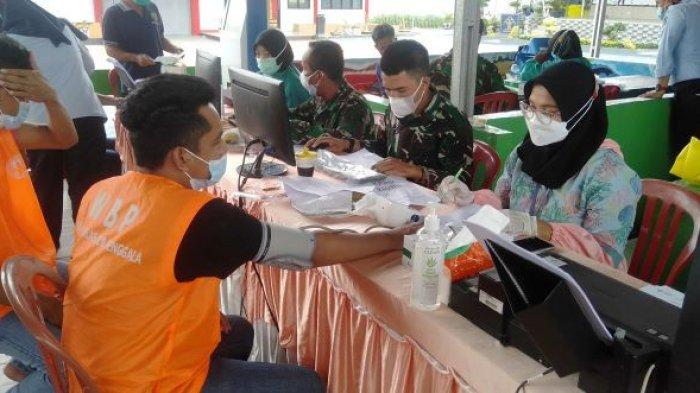 Awalnya Takut Disuntik, 250 Napi Rutan Menggala Lampung Divaksin Covid-19