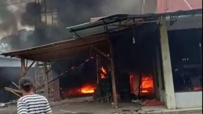 3 Anggota TNI Bernasib Nahas Saat Bantu Padamkan Kebakaran di Pom Bensin Mini