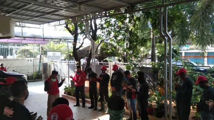 3 Kelurahan di Bandar Lampung Disemprot Cairan Disinfektan oleh Tim MTRH Lampung