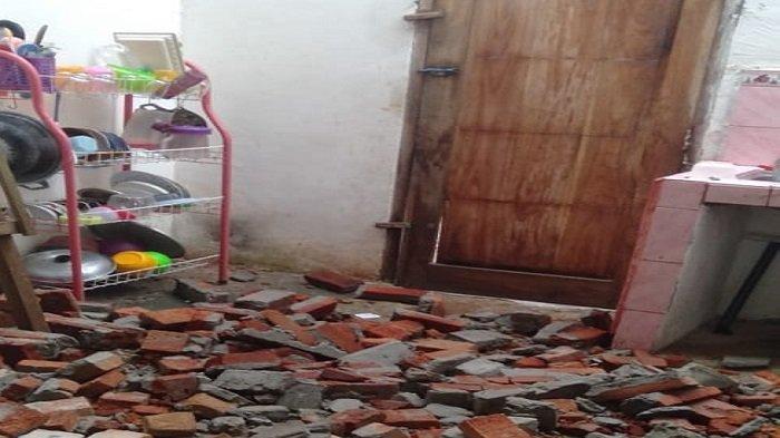 30 Rumah di Lampung Utara Rusak Akibat Hujan dan Angin Kencang