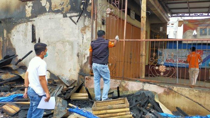 4 Kios di Pasar Talang Padang Tanggamus Ludes Terbakar