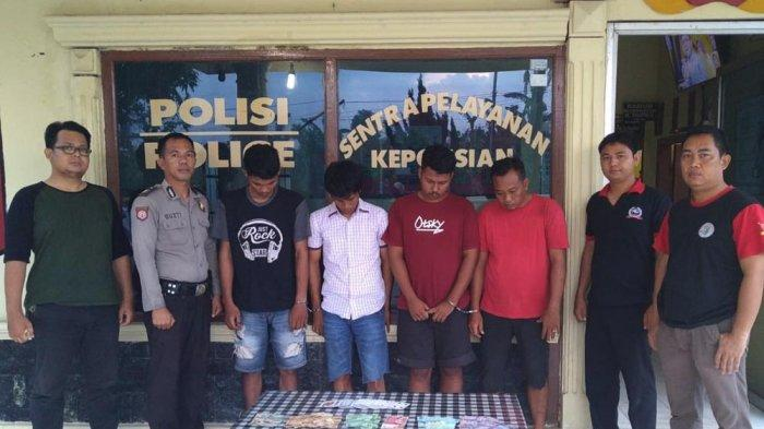 Asyik Bermain Judi, 4 Warga Tri Tunggal Jaya Ditangkap Polsek Banjar Agung