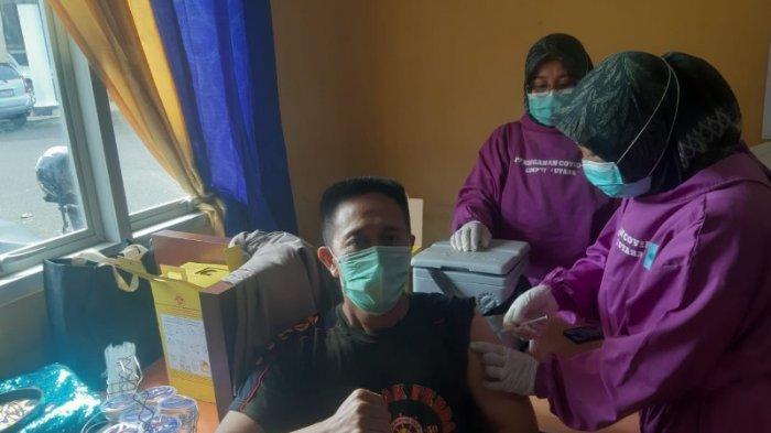 56 Anggota Satpol PP Lampung Utara Divaksin Covid-19