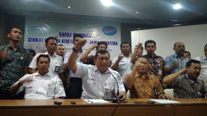 60 Karyawan PT Kereta Api Indonesia Terancam Jadi Duda dan Janda Akibat Aturan Direksi PT KAI
