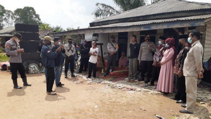 Abaikan Surat Edaran Bupati Tulangbawang, Polisi Bubarkan Hiburan Kuda Lumping