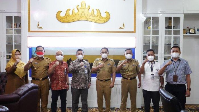 Pemkot Metro Terima CSR dari Bank Lampung