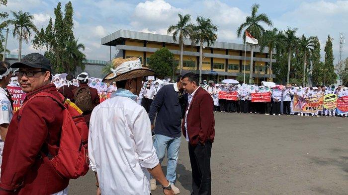 BREAKING NEWS - Aksi Solidaritas untuk Jumaini Ada Dua Titik Kumpul, Polres Kerahkan 453 Personel