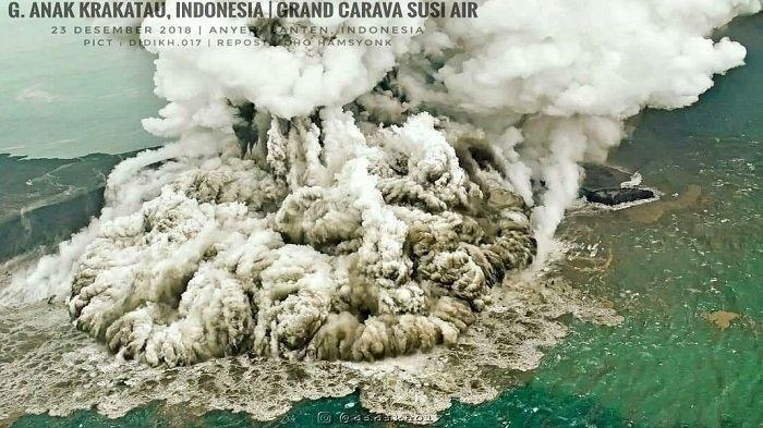 Gunung Anak Krakatau 10 Kali Gempa Letusan 2 Hari Terakhir, Warga Dilarang Dekati Radius 2 Kilometer