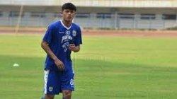 Piala Menpora, PSM Makasar Akan Memiliki Beban Berat Melewati Bek PSIS Semarang Alfeandra Dewangga