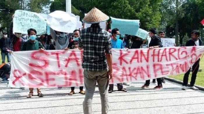 Sorot Masalah Pertanian, Mahasiswa Gelar Aksi di Depan Kantor Bupati Lampung Barat