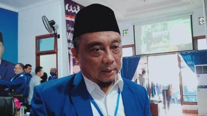 Kicauan Burung Bikin Suasana Hati Anggota DPRD Lampung Iswandi H Cahya Jadi Tenang