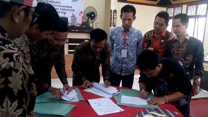 Saksi 2 Paslon Pilgub Lampung Tolak Tanda Tangani Hasil Pleno KPU Tanggamus