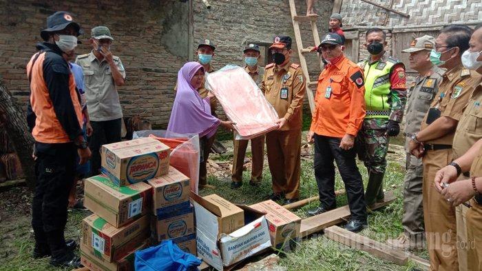 Angin Kencang Hancurkan 20 Rumah dan Sekolah di 5 Kecamatan di Pesawaran