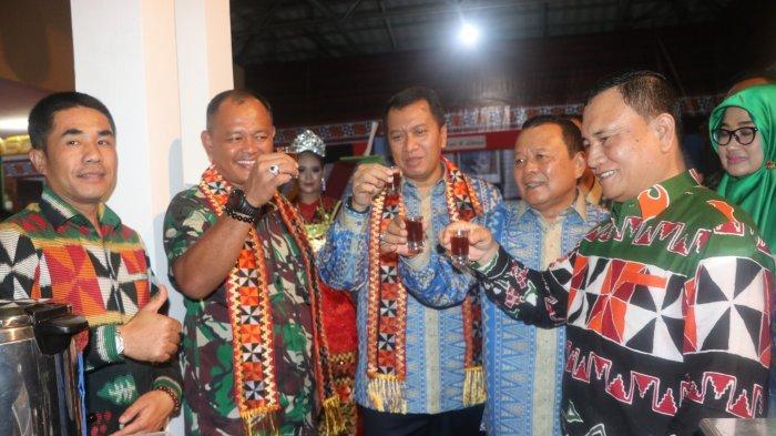 Anjungan Lampung Barat Keren