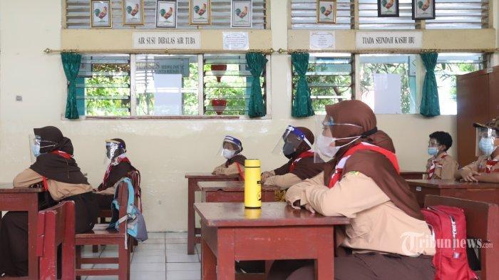 KBM Masih Daring, Sekkab Lampung Utara Minta Sekolah dan Orang Tua Sabar
