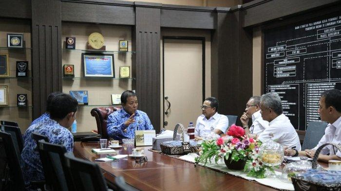 Arinal Djunaidi Dorong PTPN VII Kembangkan Komoditas Kopi di Provinsi Lampung.